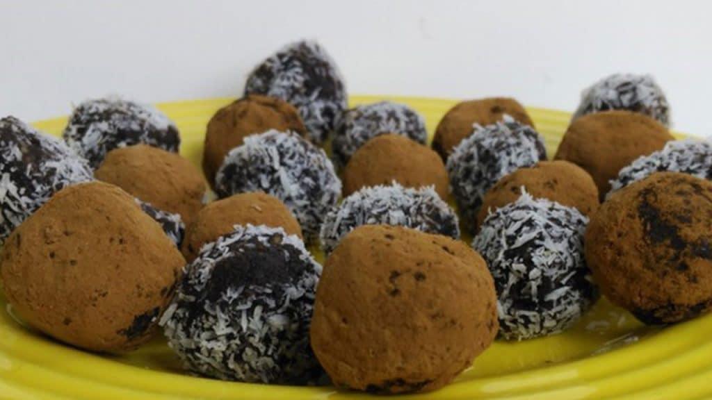 Trufitas de datiles y cacao