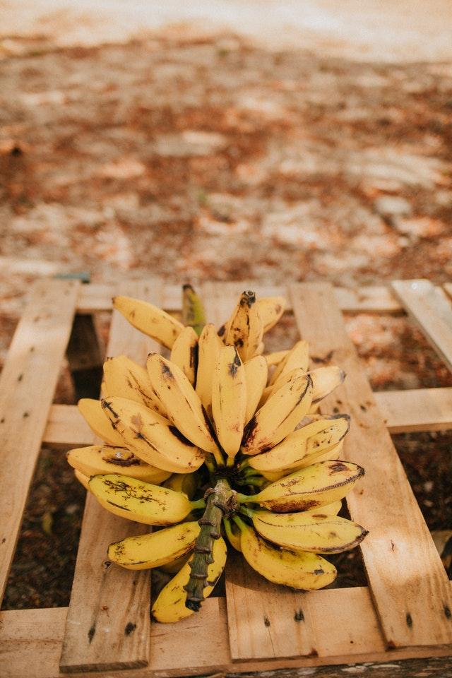 Comer plátano